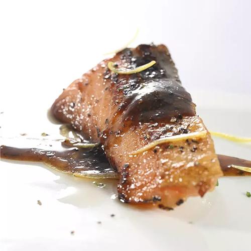 纯香黑椒三文鱼