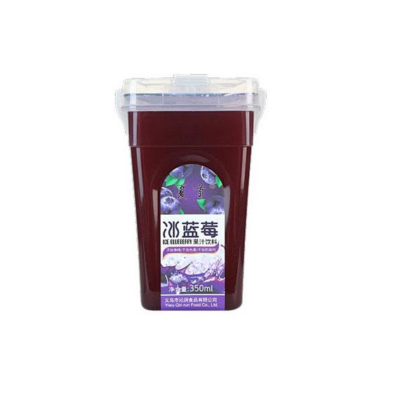 夏首冰蓝莓汁
